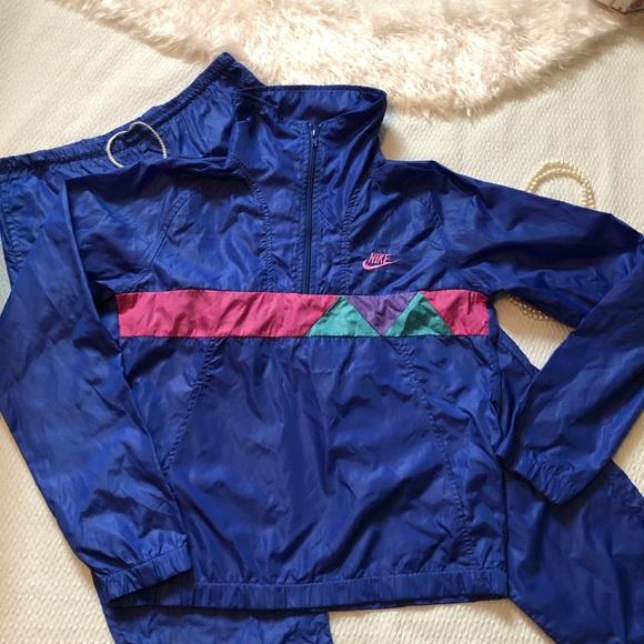 c5b2729966c5 Vintage Nike Air Jacket Nylon Pullover top only. M 5c660e08819e90e3ec472fca
